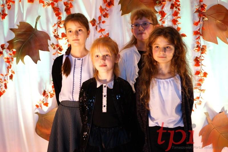 TOMASZÓW Jesienny Konkurs Recytatorski [FOTO]