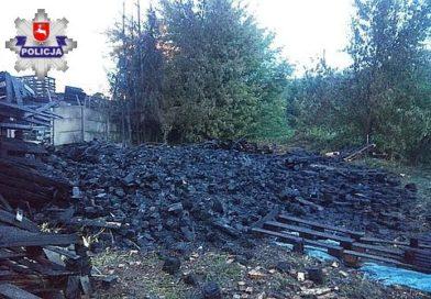 TOMASZÓW Pożar palet na terenie suszarni