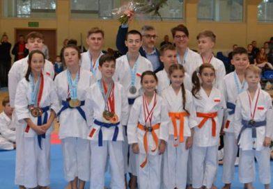 """TOMASZÓW """"Turniej Mikołajkowy"""" Karate"""