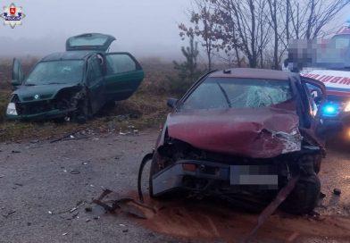 Trasa Susiec – Grabowica. Zderzenie renault z volkswagenem