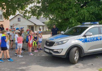 Policjanci odwiedzili dzieci na półkoloniach